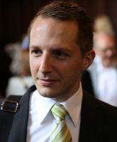 Dr Marco J Haenssgen