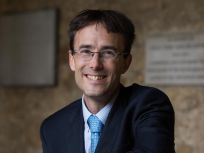 Dr Timothy Hinks MRCP